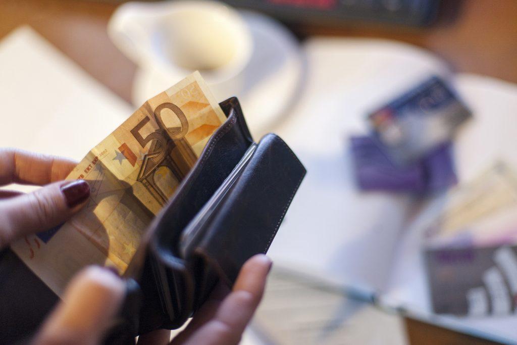 ar sliktu kredītvēsturi